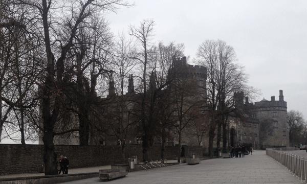 kilkenny castle street view