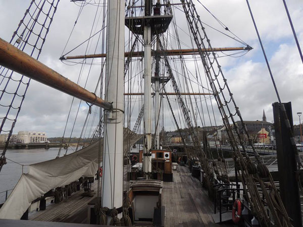 the great famine ship the dunbrody
