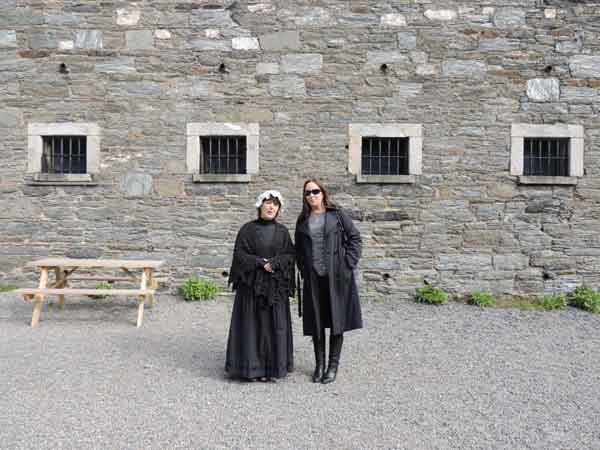 sinead with woman of the gaol